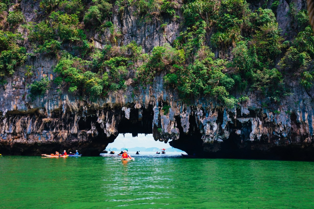 James Bond & Canoeing & Monkey Cave